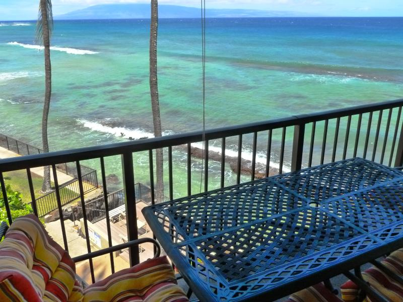 outdoor dining on private lanai - 100% Oceanfront|Amazing Location|Priceless Views - Napili-Honokowai - rentals