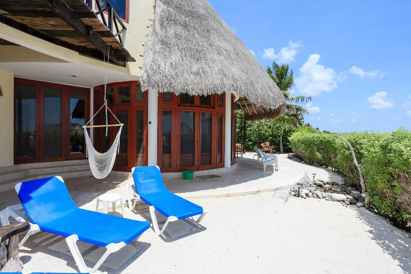 Backyard - Stunning 3 Bdr Beachfront Paradise, Chic and Relax - Tulum - rentals