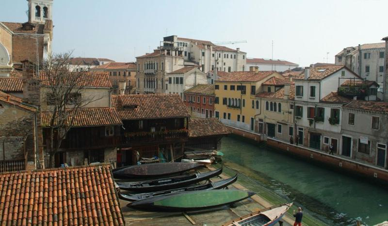 Gondola View Villa for Rent | Rent Villas | Classic Vacation - Image 1 - Venice - rentals