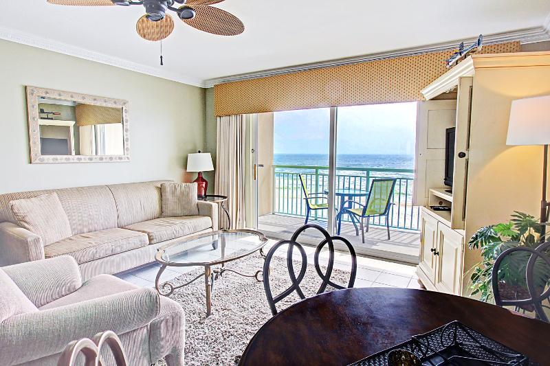 Pelican Isle 415-AVAIL8/8-8/15-RealJOY Fun Pass*FREETripIns4NEWFallBkgs*-BEACHSvc - Image 1 - Fort Walton Beach - rentals