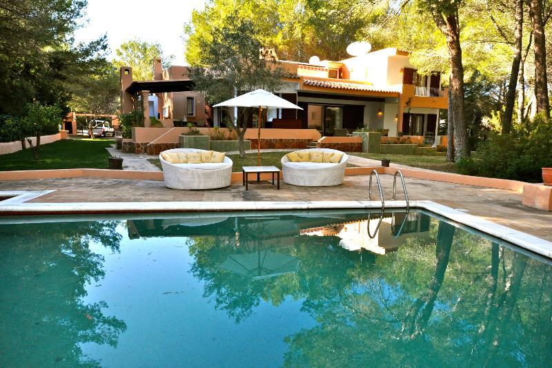 Villa Van Buuren - Image 1 - Cala Lenya - rentals