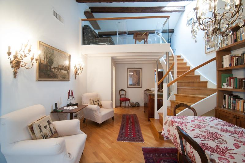 Living Room - Beautiful flat in Calle del fumo in Venezia - Venice - rentals