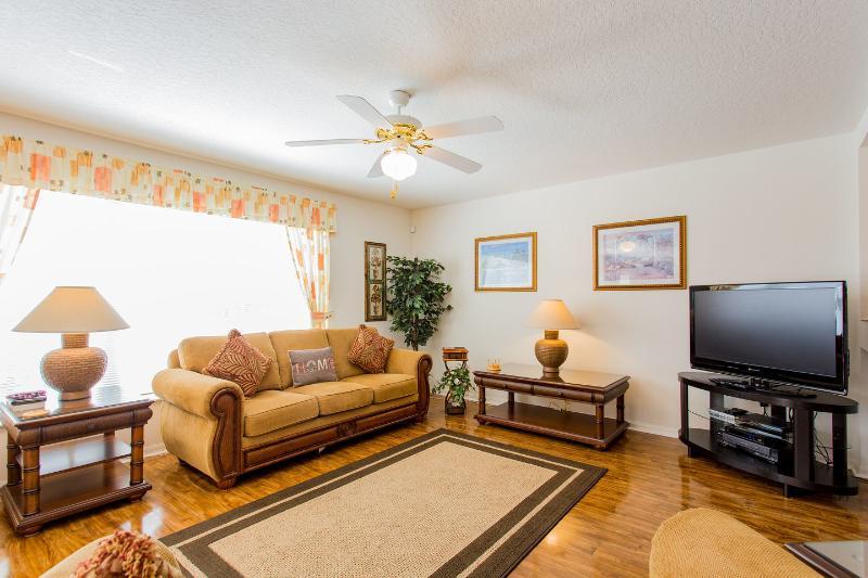 Living Room - Villa Liberty - Florida Villas Home Rentals 1998 - Kissimmee - rentals