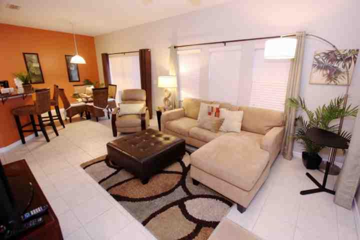 Living Area w/Flat Screen TV and Pool Access - 3152 Encantada - Four Corners - rentals