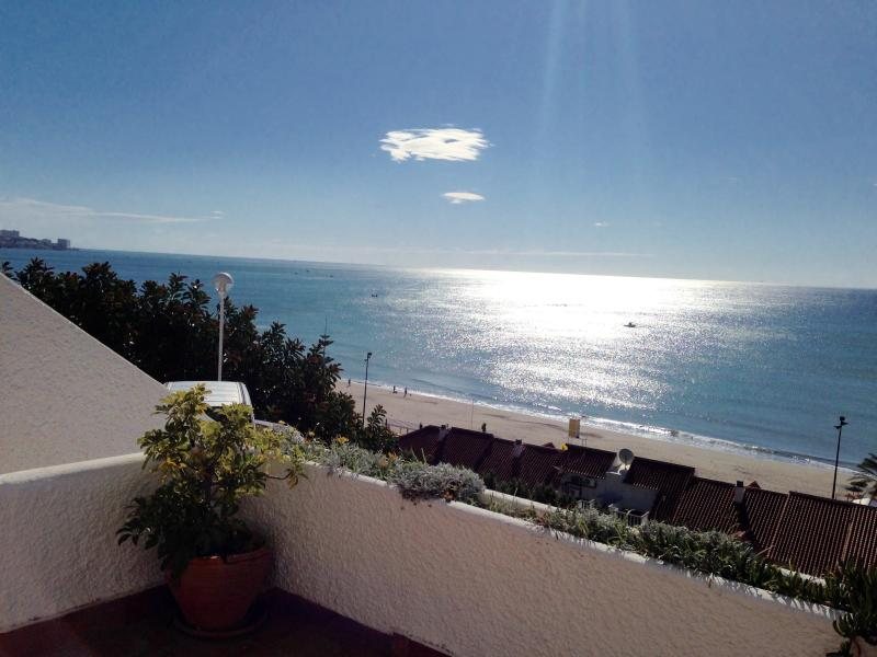 1859 - 2 bed apartment Carvajal close to the beach - Image 1 - Fuengirola - rentals