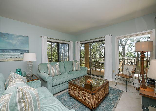 Living Area - 1832 Beachside Tennis - Gorgeous Views of Calibogue Sound - Hilton Head - rentals