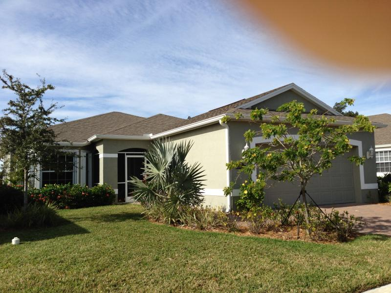 Global view - SINGLE HOME WITH POOL - Vero Beach - rentals