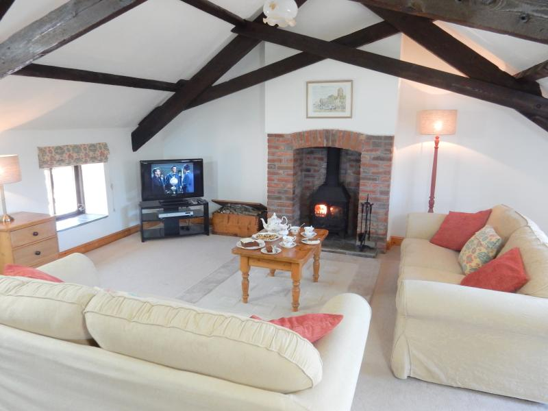 Ivy's stunning Lounge - Ivy Cottage, Ocean Views in North Devon - Bideford - rentals