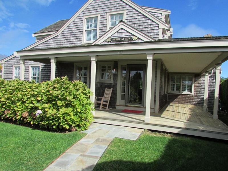 10 Aurora Way - Image 1 - Nantucket - rentals