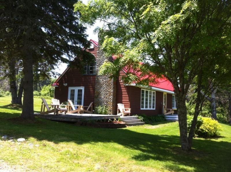Sand Point House -  Ocean Front Vacation Home - Image 1 - Guysborough - rentals