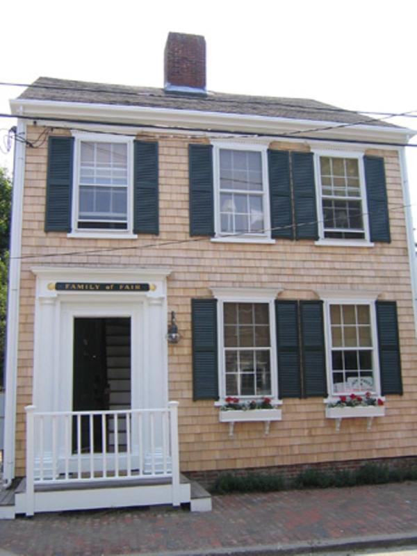 59 Fair Street Family Of Fair - Image 1 - Nantucket - rentals
