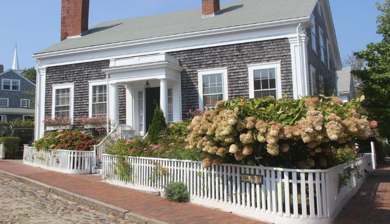 1 Ash Lane - 1846 House - Image 1 - Nantucket - rentals