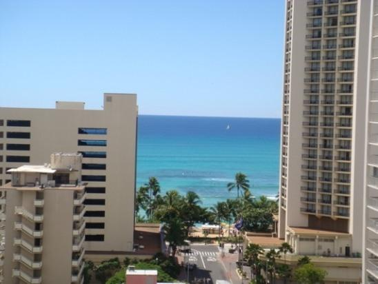 View from living room - Waikiki Park Heights- 1 Block to the Beach - Honolulu - rentals