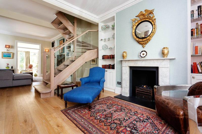 A magnificent and spacious four-storey house in Bayswater. - Image 1 - London - rentals