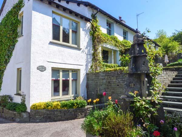 GABLE END, semi-detached, Jacuzzi, woodburner, WiFi, nr Coniston, Ref 937121 - Image 1 - Coniston - rentals