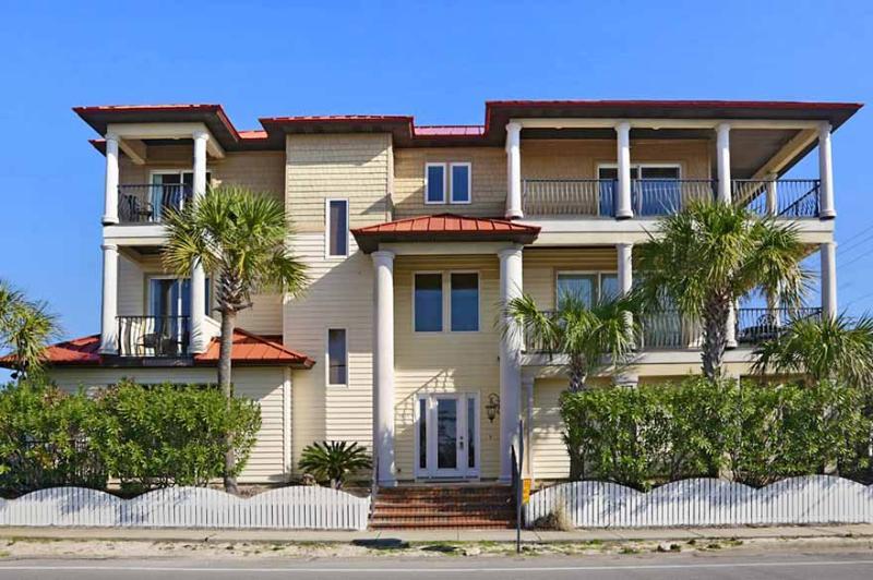 Banana Wind: a sought after Crystal Beach Vacation Rental. - Banana Wind - Destin - rentals