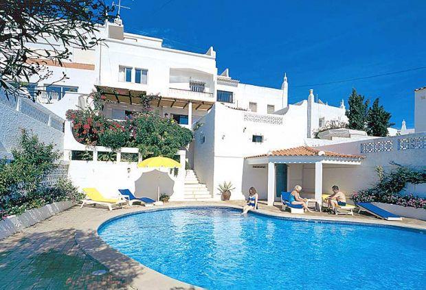 4 bedroom Villa in Albufeira, Algarve, Portugal : ref 1717012 - Image 1 - Albufeira - rentals