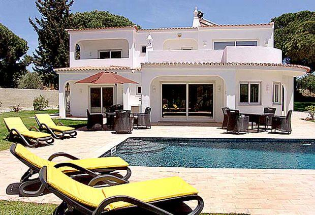4 bedroom Villa in Vilamoura, Central Algarve, Portugal : ref 1717077 - Image 1 - Vilamoura - rentals