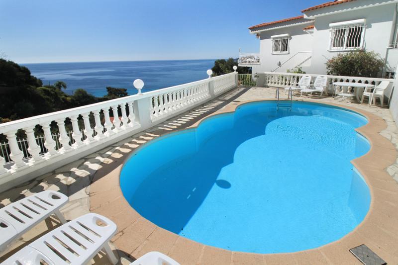 5 bedroom Villa in Eze Sur Mer, Cote D Azur, France : ref 1718361 - Image 1 - Eze - rentals