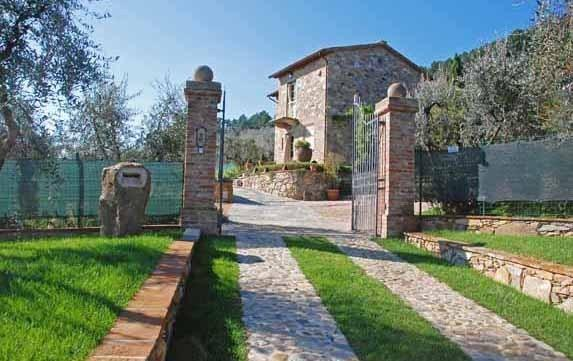 3 bedroom Villa in Castelvecchio, Tuscany, Italy : ref 1720213 - Image 1 - Castelvecchio - rentals