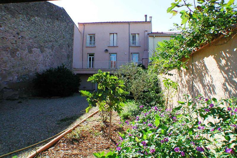 6 bedroom Apartment in Marseillan, Languedoc, France : ref 2000056 - Image 1 - Marseillan - rentals