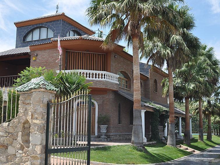 7 bedroom Villa in Cordoba Baena, Inland Andalucia, Spain : ref 2007779 - Image 1 - Baena - rentals