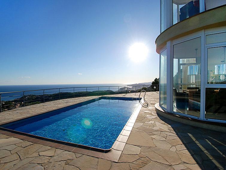 6 bedroom Villa in Lloret De Mar, Costa Brava, Spain : ref 2007952 - Image 1 - Lloret de Mar - rentals