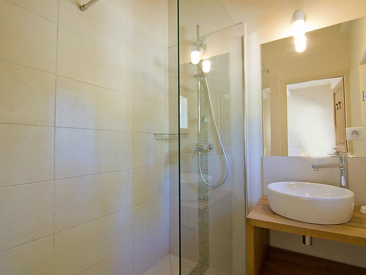 6 bedroom Villa in Grambois, Provence, France : ref 2008237 - Image 1 - La Bastide-des-Jourdans - rentals