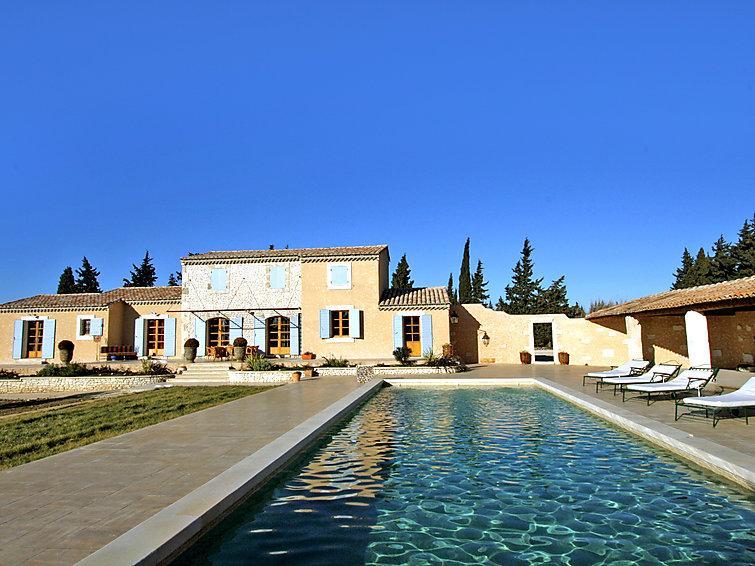 5 bedroom Villa in Chateaurenard, Provence, France : ref 2008266 - Image 1 - Chateaurenard - rentals