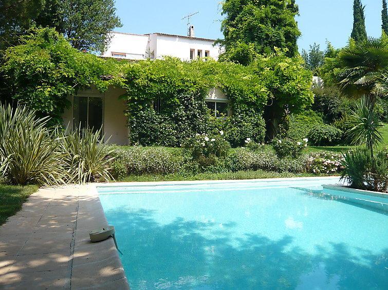 5 bedroom Villa in Villeneuve Loubet, Cote d'Azur, France : ref 2008336 - Image 1 - Biot - rentals