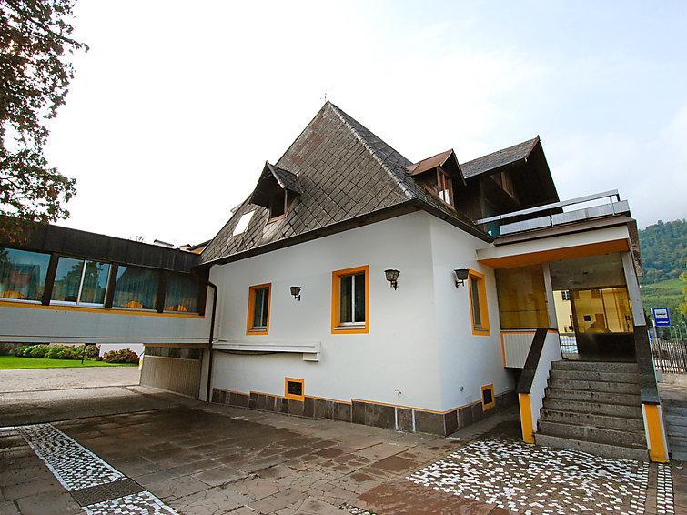 10 bedroom Villa in Lago di Caldonazzo, Trentino High Adige, Italy : ref 2008375 - Image 1 - Carezza - rentals