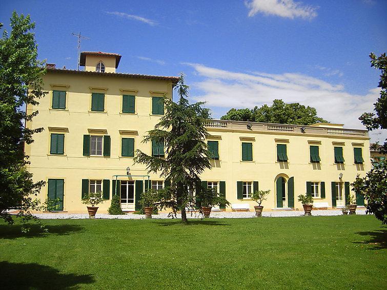 9 bedroom Villa in San Giuliano Terme, Lucca Pisa, Italy : ref 2008399 - Image 1 - San Giuliano Terme - rentals