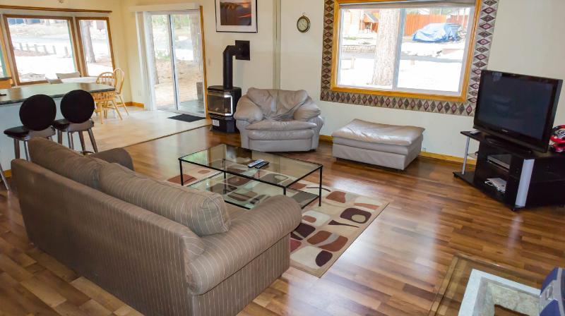 Quaint House on Cul-de-Sac Free WiFi - Image 1 - South Lake Tahoe - rentals
