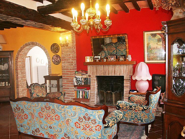 4 bedroom Villa in Massarosa, Versilia, Italy : ref 2008430 - Image 1 - Massarosa - rentals