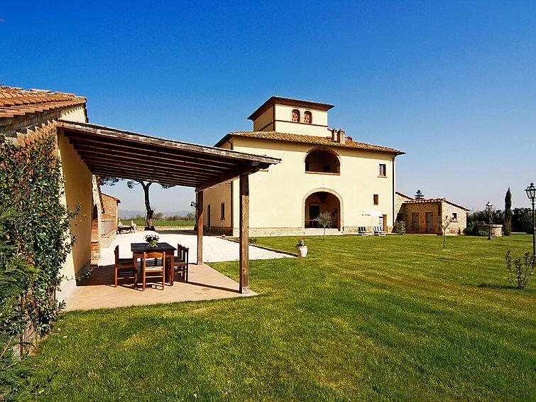 6 bedroom Villa in Monte San Savino, Chianti, Tuscany, Italy : ref 2008634 - Image 1 - Marciano Della Chiana - rentals