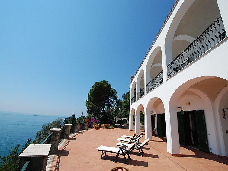 8 bedroom Villa in Vietri sul Mare, Amalfi Coast, Italy : ref 2008858 - Image 1 - Vietri sul Mare - rentals