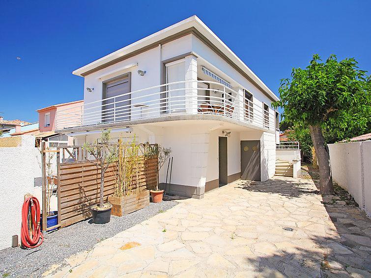 6 bedroom Villa in Cap d'Agde, Herault Aude, France : ref 2059524 - Image 1 - Le Grau d'Agde - rentals