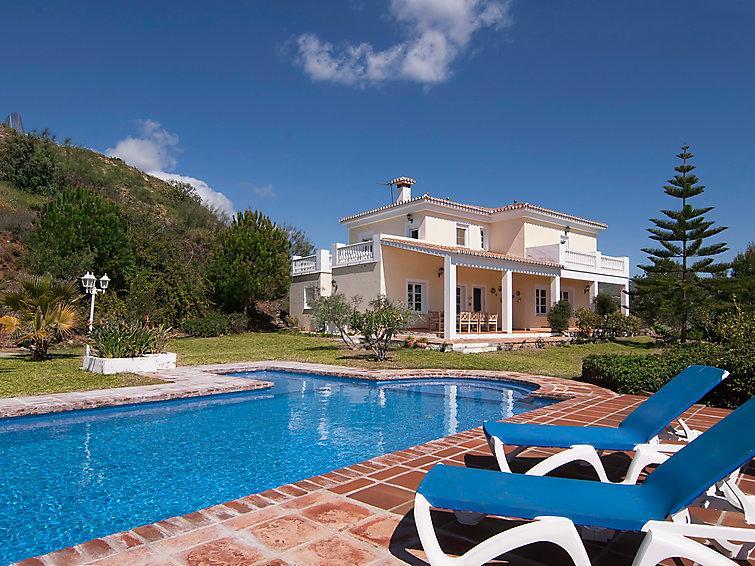 6 bedroom Villa in Rincon de la Victoria, Costa del Sol, Spain : ref 2009823 - Image 1 - Benagalbon - rentals