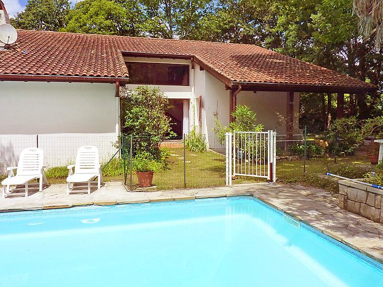5 bedroom Villa in Espelette, Basque Country, France : ref 2012058 - Image 1 - Espelette - rentals