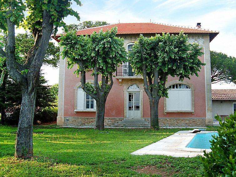 5 bedroom Villa in Vauvert, Gard Lozere, France : ref 2012209 - Image 1 - Vauvert - rentals