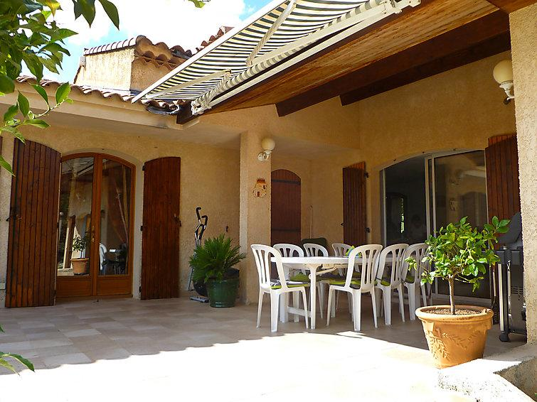 3 bedroom Villa in La Cadiere d'Azur, Cote d'Azur, France : ref 2012592 - Image 1 - Saint-Cyr-sur-Mer - rentals