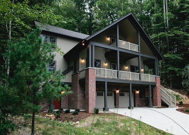 Artful Abode - Image 1 - Black Mountain - rentals