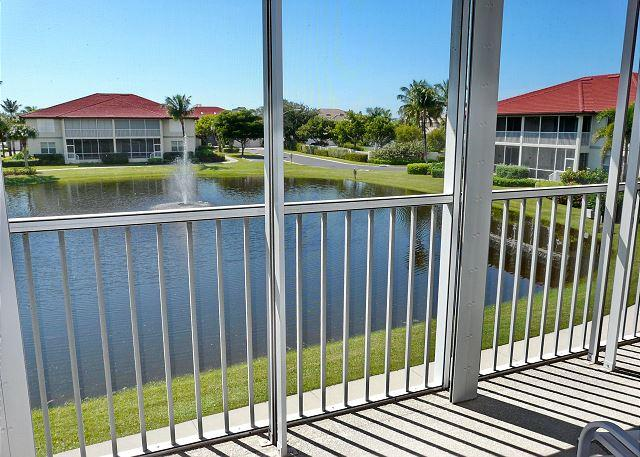 Quiet, gated community in heart of Island w/ heated pool and tennis courts - Image 1 - Marco Island - rentals