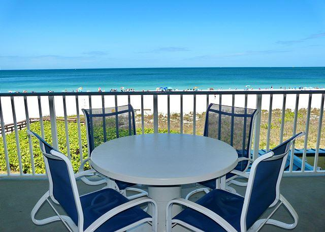 Luxurious beachfront condo w/ spectacular ocean views - Image 1 - Marco Island - rentals