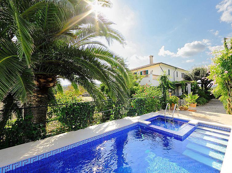 5 bedroom Villa in Alcudia, Mallorca, Mallorca : ref 2016129 - Image 1 - Alcudia - rentals