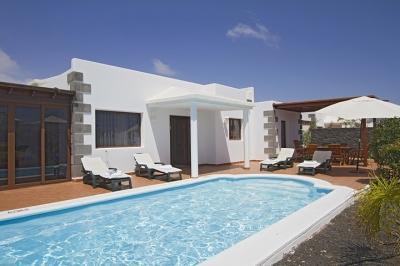 4 bedroom Villa in Playa Blanca, Canary Islands, Lanzarote, Canary Islands : ref 2016485 - Image 1 - Yaiza - rentals