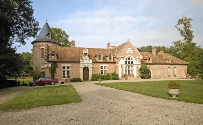 10 bedroom Villa in Millancay, Loire, France : ref 2017816 - Image 1 - Chemille Sur Indrois - rentals