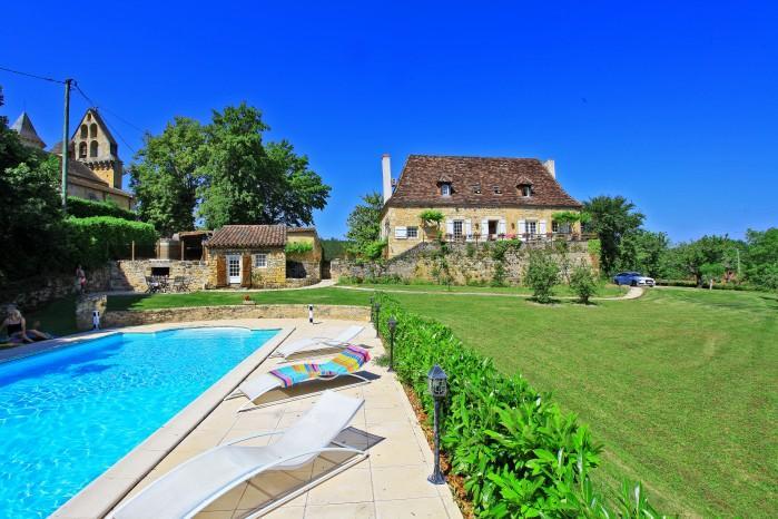 4 bedroom Villa in Nadaillac De Rouge, Dordogne, France : ref 2017921 - Image 1 - Nadaillac-de-Rouge - rentals