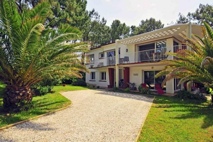 3 bedroom Villa in Anglet, Biarritz, France : ref 2017941 - Image 1 - Anglet - rentals
