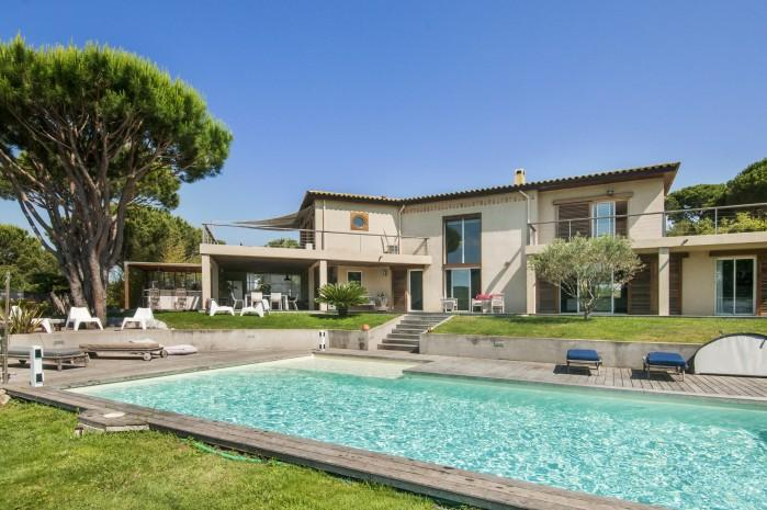4 bedroom Villa in La Croix Valmer, Saint Tropez Var, France : ref 2017980 - Image 1 - La Croix-Valmer - rentals